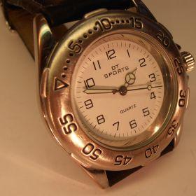 DT Sport Armbanduhr mit Lederarmband, neuwertig!